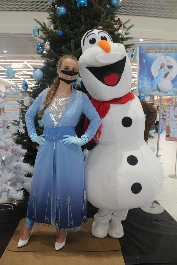belle-reine-des-neige-bonhomme-de-neige